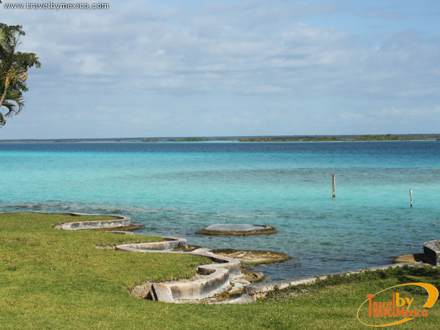 Bacalar, Laguna de los Siete Colores