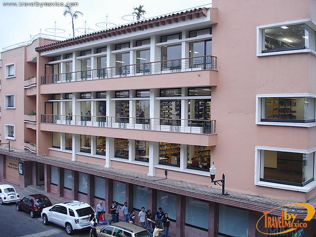 Biblioteca Carlos Fuentes