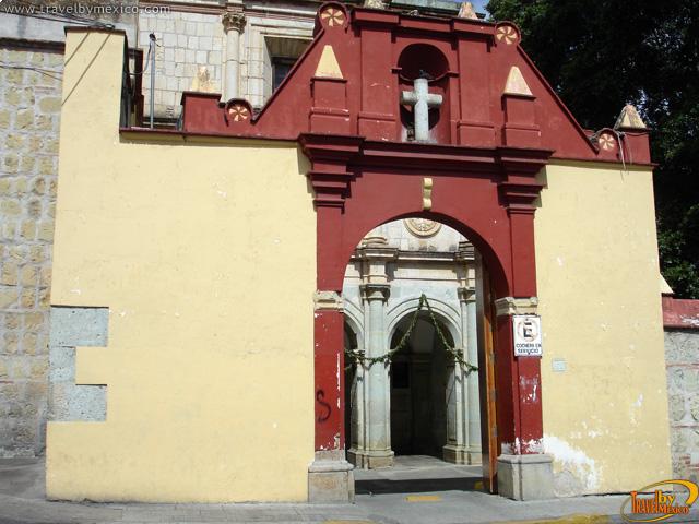 Carmen Alto Templo y Ex Convento