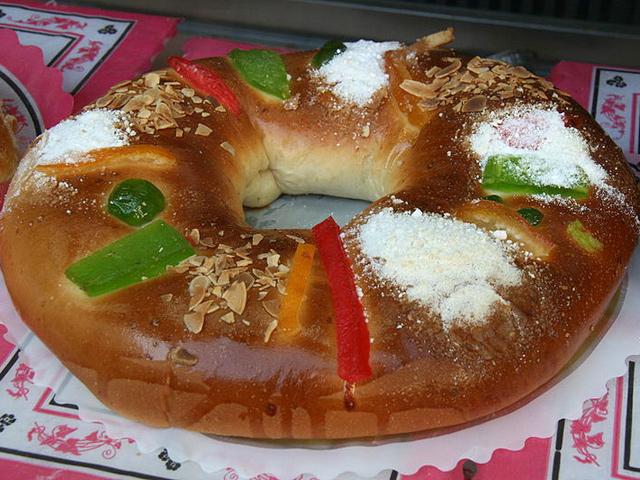 Origen y Receta de la Rosca de Reyes
