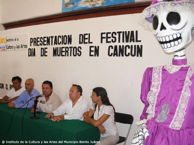 Primer Festival delDía de Muertos 2011 en Cancún