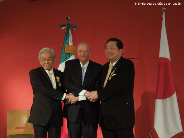 Empresario y político Japoneses condecorados con la Orden Mexicana del Águila Azteca