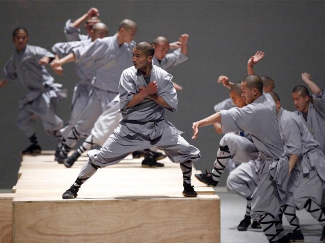 Monjes del Templo Shaolin llegan a México con la obra Sutra