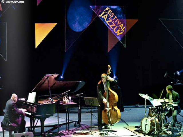 Todos los conciertos y actividades del JAZZUV 2012