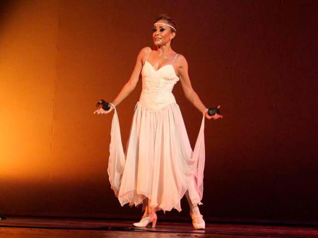 Sonia Amelio en el Teatro de la Ciudad Esperanza Iris