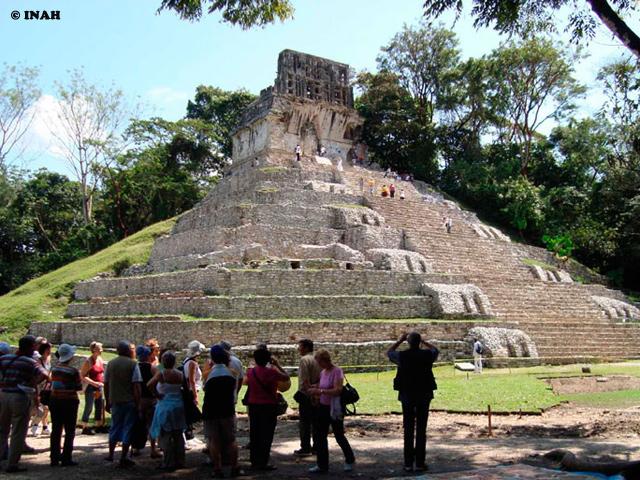 Más de 21 millones de visitantes en 2013: récord histórico del INAH