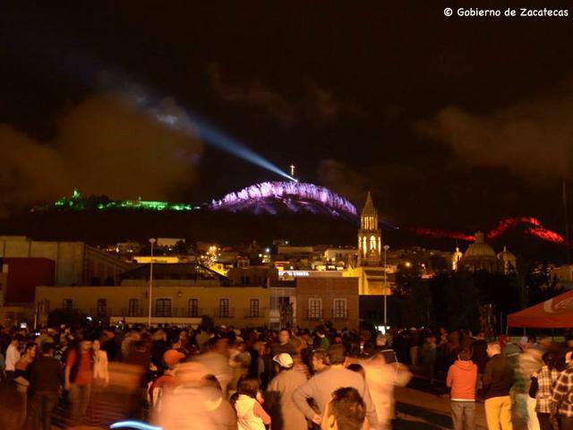 Inauguran la nueva iluminación del Cerro de la Bufa