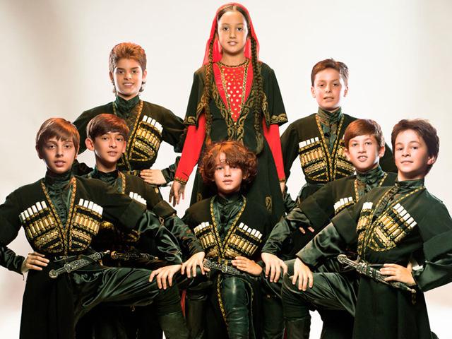 Niños virtuosos de 8 a 12 años traen el folclor del Cáucaso a México