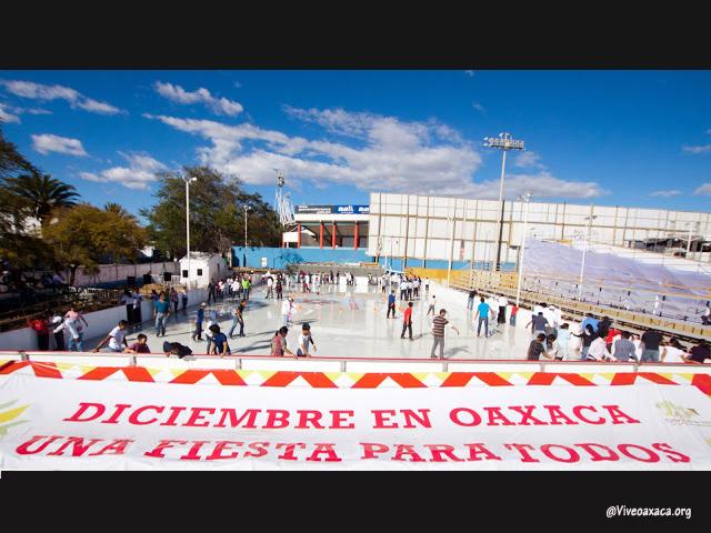 Pista de hielo adornará nuevamente el Festival Navideño Oaxaca 2015