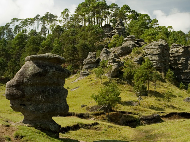¿Qué hacer en el Parque Ecoturístico Valle de Piedras Encimadas?