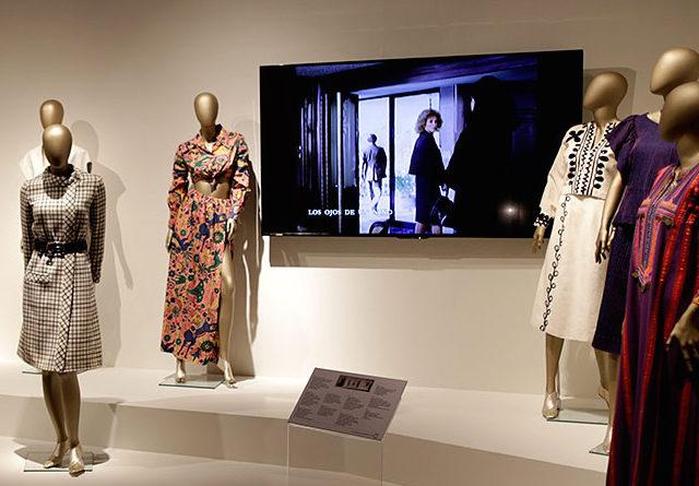 Ven a explorar 75 años de historia de la moda en México