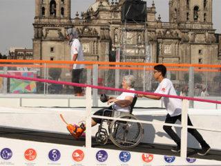 Pista de hielo para personas con discapacidad