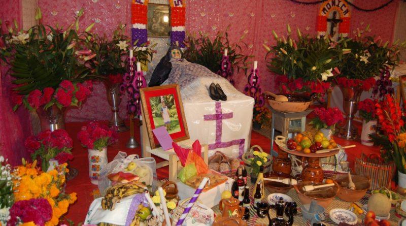 El poblado de Ocotepec, en Cuernavaca, vive las tradiciones del Día de Muertos.