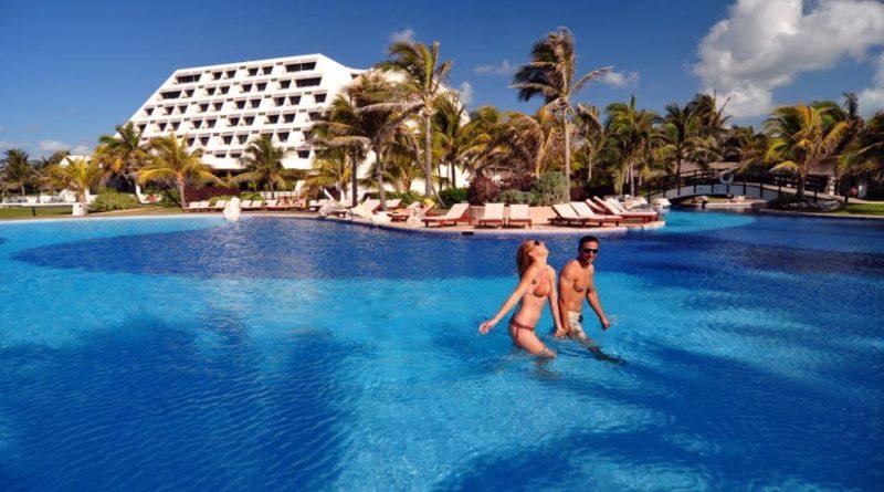 Si piensas en vacaciones, ningún lugar como Cancún, en el paraíso de la Riviera Maya.