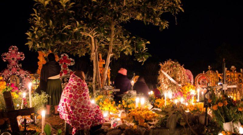 Michoacán celebra la Noche de Muertos con un hashtag y un emoji especial en Twitter.