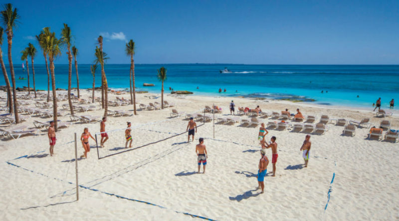 Ven a vivir el spring break en Cancún, y disfruta de playas con distintivo Blue Flag.