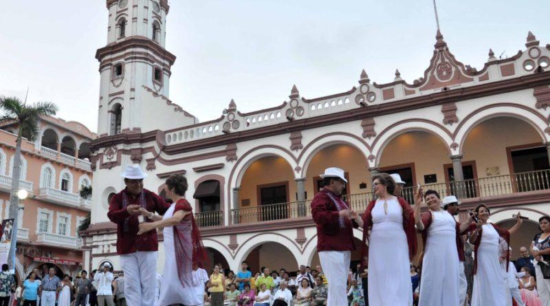 Tierra de carnaval, fiesta y gastronomía, ¡no te pierdas el Puerto de Veracruz!