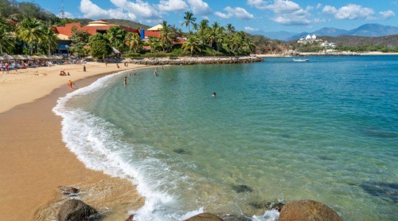 No te pierdas de Bahías de Huatulco, paraíso de Oaxaca.