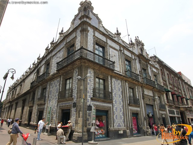 The casa de los azulejos ciudad de m xico for Casa de azulejos