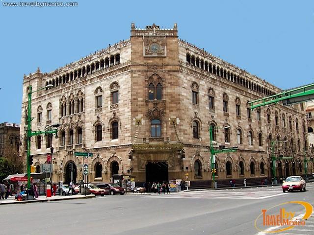 Palacio de correos de m xico ciudad de m xico travel by for Horario de oficina correos