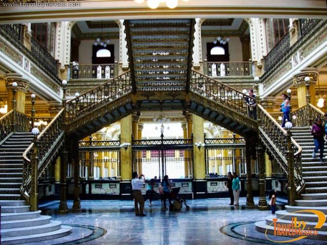 Palacio de correos de m xico ciudad de m xico travel by for Oficina de correos horario