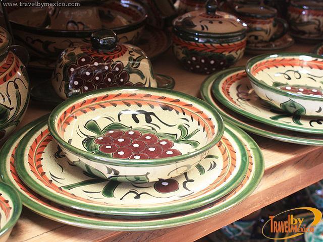 Ceramica artesanal de dolores dolores hidalgo travel by m xico - Vajilla ceramica artesanal ...