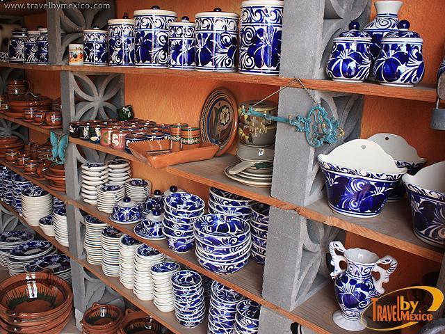 Ceramica artesanal de dolores dolores hidalgo travel by for Fabricantes de ceramica en mexico