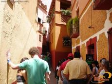 Callejon del Beso - The Alley of the Kiss