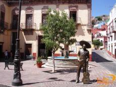 Ropero Plaza- The Jorge Negrete Statue