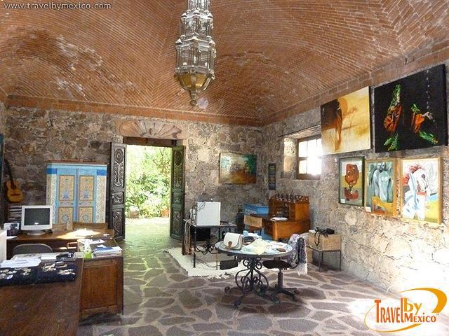 Museo gene byron guanajuato travel by m xico for Piccoli piani casa hacienda
