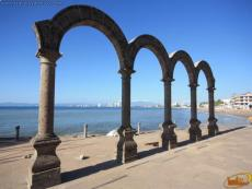 The Malecon Arches