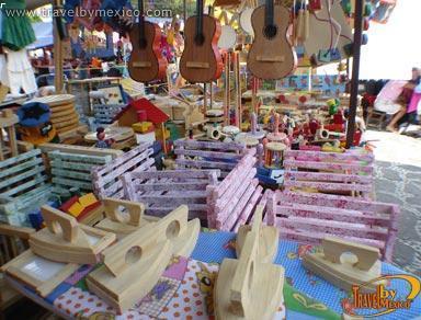 Mercado tepoztlan cuernavaca travel by m xico for Fabricantes de ceramica en mexico